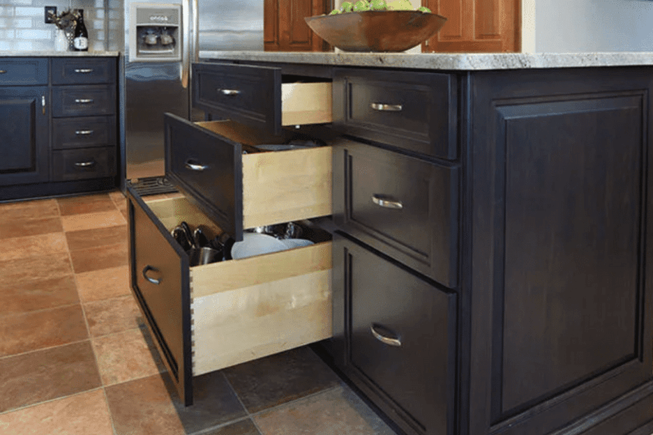 When is the right time to replace kitchen cabinets?